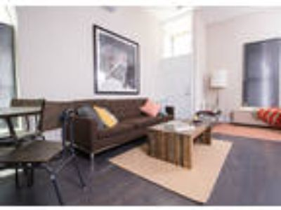 Ajax Downtown - 305 Perry St - Apartment B