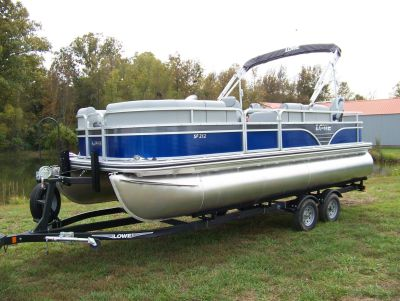 2019 Lowe SF212 WITH FISH STATION MERCURY 115 PRO XS CT & TRAILER Pontoon Boats West Plains, MO