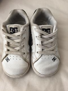 DC toddler boys shoes 7T