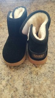 Size 7 toddler boots new