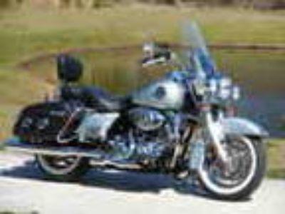 2010 Harley Davidson Touring Flhrc Road King