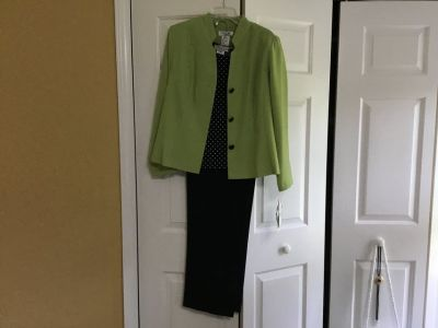 Lime/navy Pant Suit