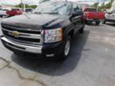 Used 2011 CHEVROLET CREW CAB 4X4 For Sale