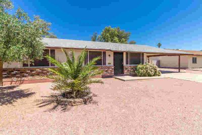 1792 N Kadota Avenue CASA GRANDE Three BR, Step inside this cozy