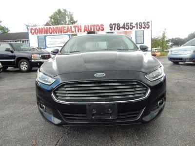 2015 Ford Fusion 4dr Sdn SE AWD (Tuxedo Black)
