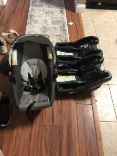 Graco car seat with extra base
