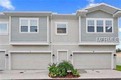 115 N Arrawana Avenue #6 Tampa, Beautiful end unit townhome