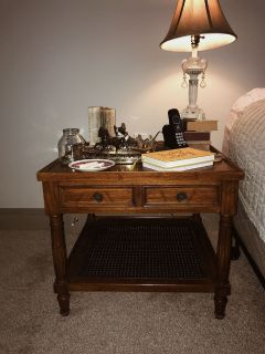 Solid wood end table/ nightstand