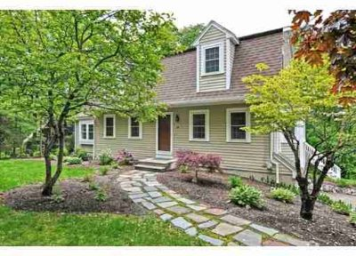 66 Grove St NORFOLK, WELCOME HOME to this Gambrel Style 3