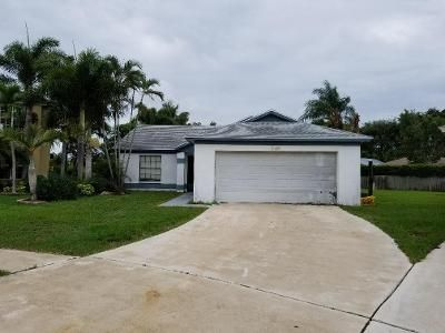 3 Bed 2 Bath Foreclosure Property in Lake Worth, FL 33463 - Arbor Glen Cir