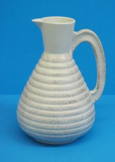 C. MILLER 1957 POTTERY PITCHER/VASE USA CREAM WITH GOLD FLAKES