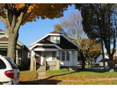 2 Bed 1 Bath Foreclosure Property in Milwaukee, WI 53206 - N 23rd St