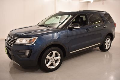 2016 Ford Explorer XLT (Blue Jeans)