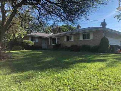 5050 Homestead Drive COOPERSBURG Three BR, SOLID BRICK RANCH HOME