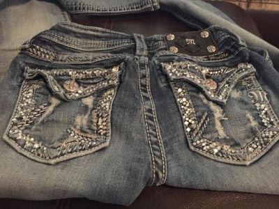 Girls Miss Me size 12 skinny jeans in great condition