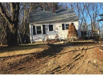 2 Bed 1 Bath Foreclosure Property in East Bridgewater, MA 02333 - W Union St