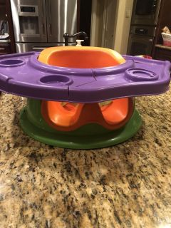 Summer Infant Seat great condition but missing the toys on the tray