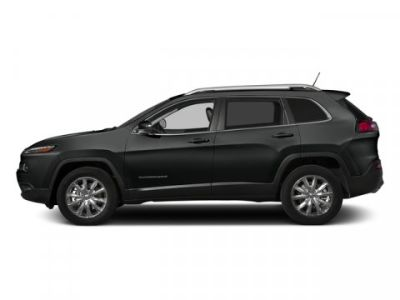 2015 Jeep Cherokee Latitude (Brilliant Black Crystal Pearlcoat)