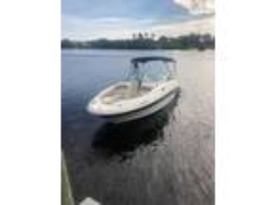 2004 Sea Ray SunDeck