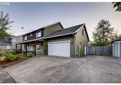 207 NE 55th Ave Hillsboro Four BR, Beautiful custom home