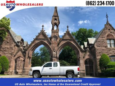 """2009 Chevrolet Silverado 1500 4WD Ext Cab 143.5"""" Work Truck (Summit White)"""