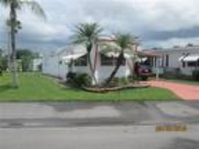 48 Channel Lane, Fort Myers