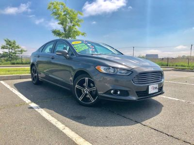 2015 Ford Fusion 4dr Sdn SE FWD (Magnetic)