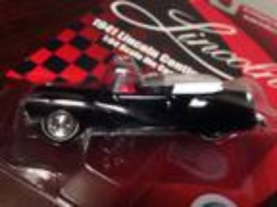 Racing Champions 1/64 1941 Lincoln Continental - Black -