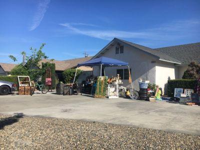 Yard, Antiques sale