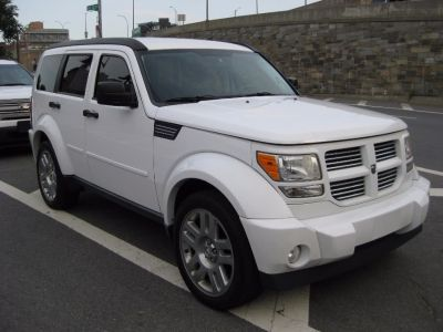 2011 Dodge Nitro Heat (Bright White)