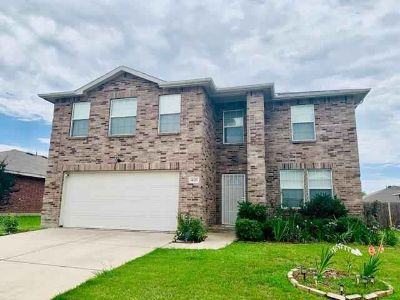 4325 Annalea Drive FORT WORTH Five BR, Exceptional floor plan