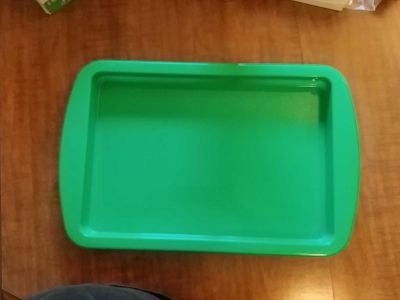 Large Green Serving Tray $1