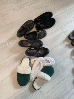 6.5 wide 3 pairs of shoes and 2 slippers $5 for the set