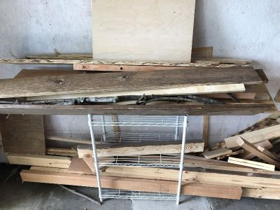 Lot of Reclaimed Wood (varying wood and sizes). Pickup only.