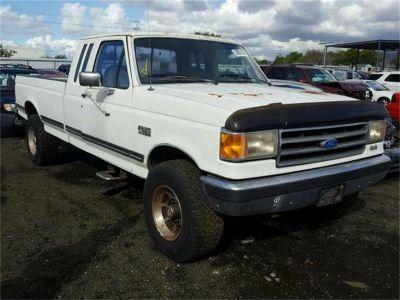 1989 Ford 3/4 Ton Pickup