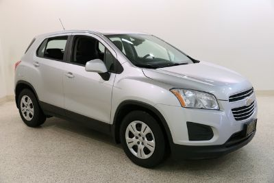 2016 Chevrolet Trax LS (Silver Ice Metallic)