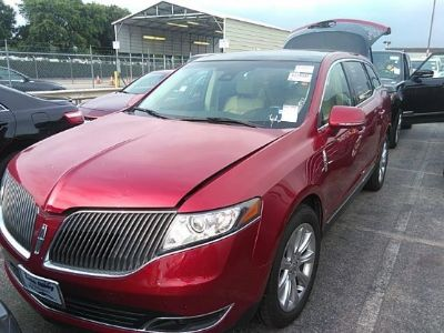 2016 Lincoln MKT (Red)