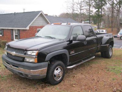 2004 Chevrolet Silverado 3500 Work Truck (BLK)