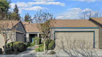7416 Lighthouse Drive STOCKTON Two BR, Lakefront w/2 patios &