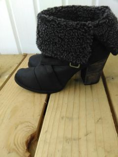 CHINESE LAUNDRY BLACK BOOTIES SIZE 9.5