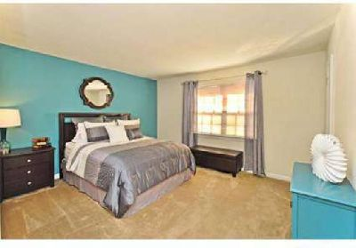 1 Bed - PineGate Apartments
