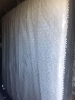 3yr Used Mattress- King Size - The Special Collection II 12 in Mattress with Used Box Springs