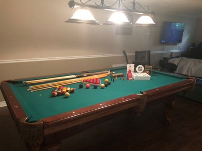 8 wood pool table and accessories