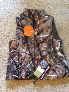 Real Tree Women's Hunting Vest NWT