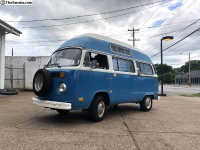 1974 Volkswagen High roof camper