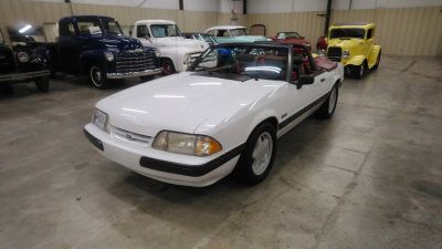 1991 Ford Mustang LX 5.0 (White)