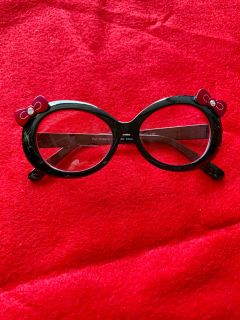 Hello kitty sunglasses