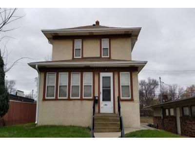 4 Bed 1.0 Bath Preforeclosure Property in Saint Paul, MN 55118 - Robert St S