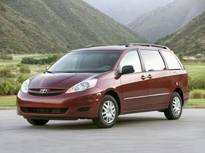 2010 Toyota Sienna CE 7-Passenger (Blue Mirage Metallic)
