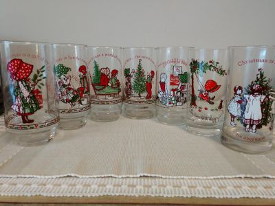 7 Vintage Christmas Misc. Holly Hobbie Glasses